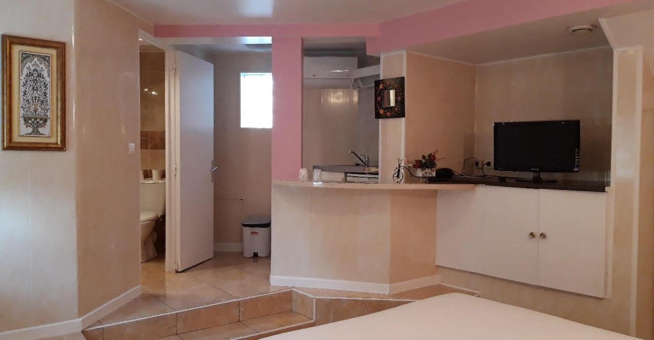 chambre 3 toiles meaux chambre h tel meaux marne la vall e 77 acostel. Black Bedroom Furniture Sets. Home Design Ideas