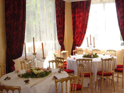 salle mariage meaux location salle chessy location salle r ception seine et marne 77 acostel. Black Bedroom Furniture Sets. Home Design Ideas